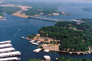 Osage-Beach-Lake-Ozark-Missouri-1_photo